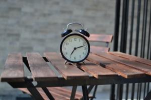 alarm-clock-1842652_1920