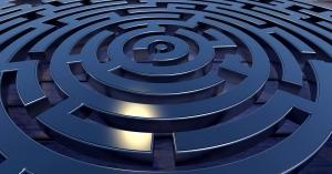 labyrinth-2037286_1920